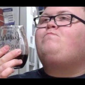 (26) Collin Reviews Wine